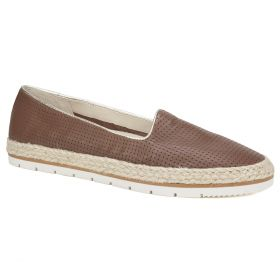 Becca Leather Flat